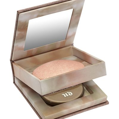 URBAN DECAY Naked Illuminated Powder In Aura